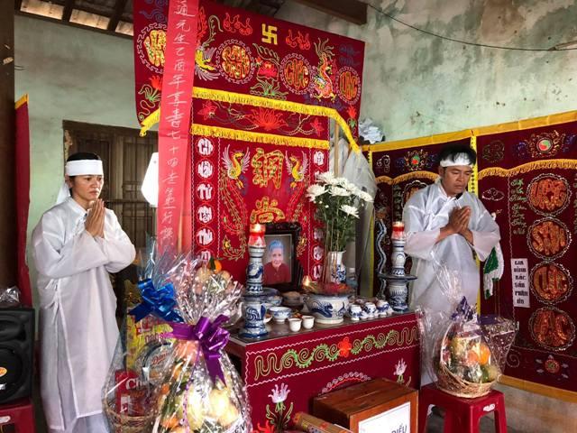 Lam viên viếng tang thân mẫu của HTr Nguyễn Thị Thùy Dung